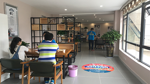 平湖九艺装饰设计工程有限公司